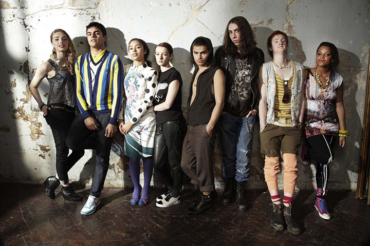 http://skinstv.ru/wp-content/uploads/2010/12/The-Skins-5-cast-001.jpg